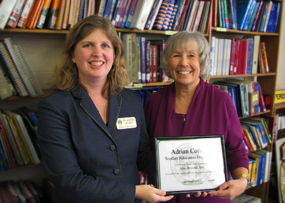 Notable Alumni Mrs. Mary Betzoldt ('68) with Institute for Education Director Dr. Andrea R. Milner.